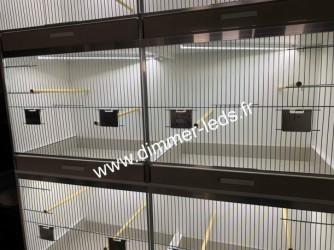 Batterie elevage PVC avec Éclairage Dimmer-leds Ref 006